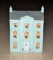 "Nukketalo ""The Classical Miniature Dolls House"" k.7 x l.5.2 x s.2.9 cm PR"